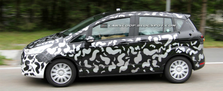 Ford B-Max, camuflat pe soselele europene