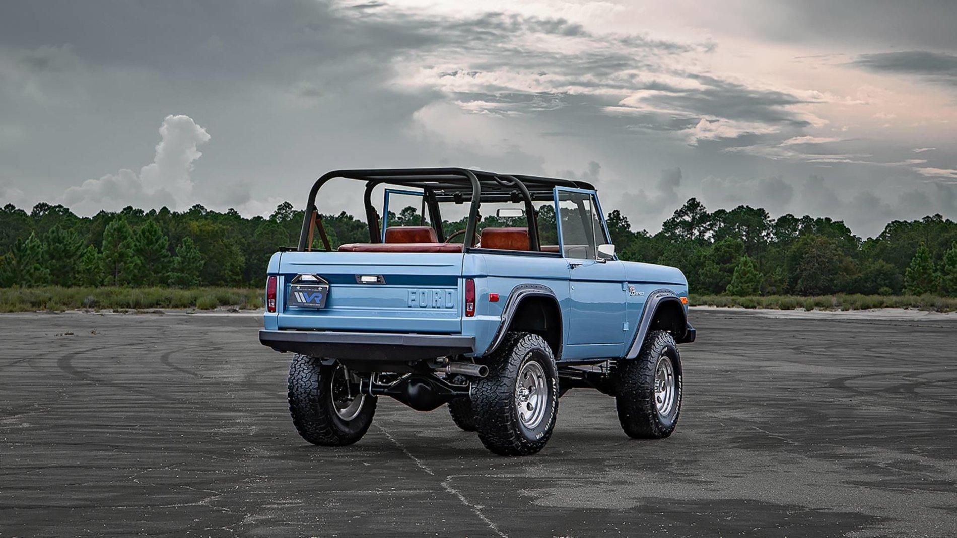 Ford Bronco din 1973 restaurat - Ford Bronco din 1973 restaurat