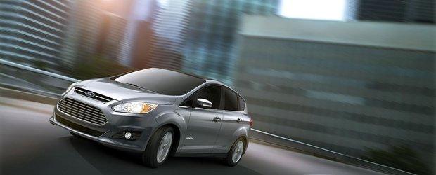 Ford C-Max Hybrid costa 25.995 dolari