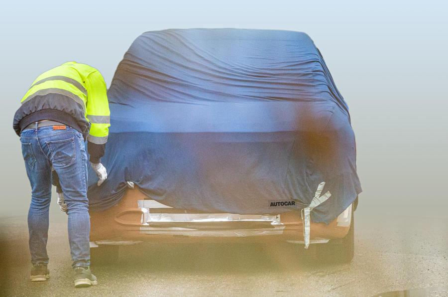 Ford construit pe platforma de Volkswagen