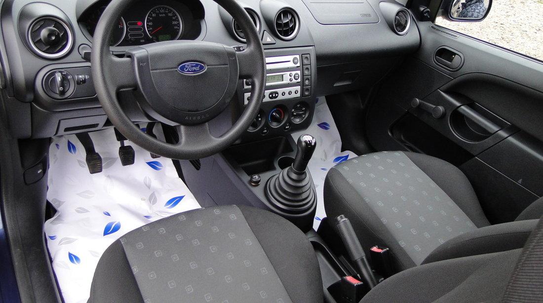 Ford Fiesta 1.3i 2004