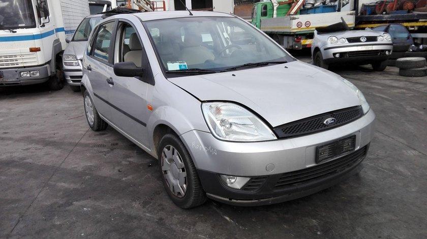 ford fiesta , an fabricatie 2004 , 1.25 tip motor fuja (1)