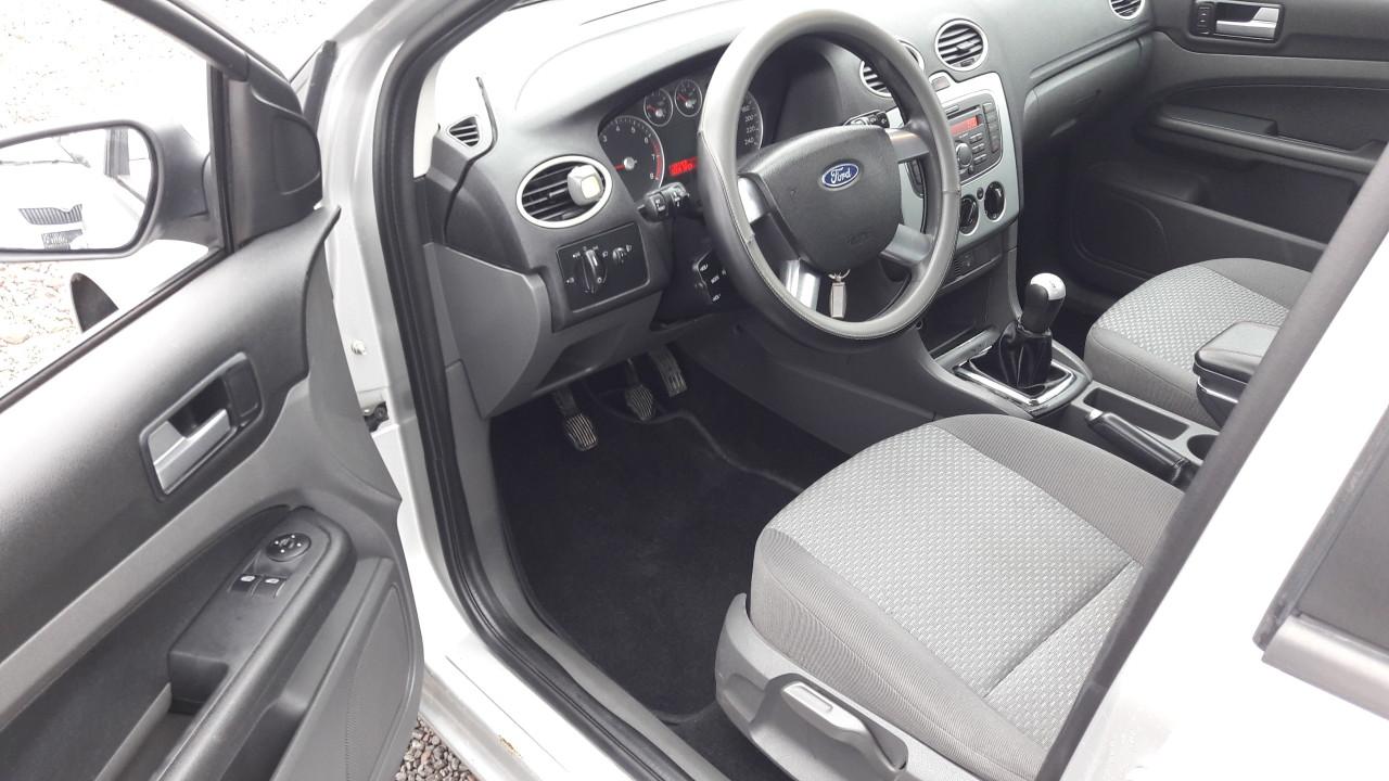 Ford Focus 1,4 i 2008