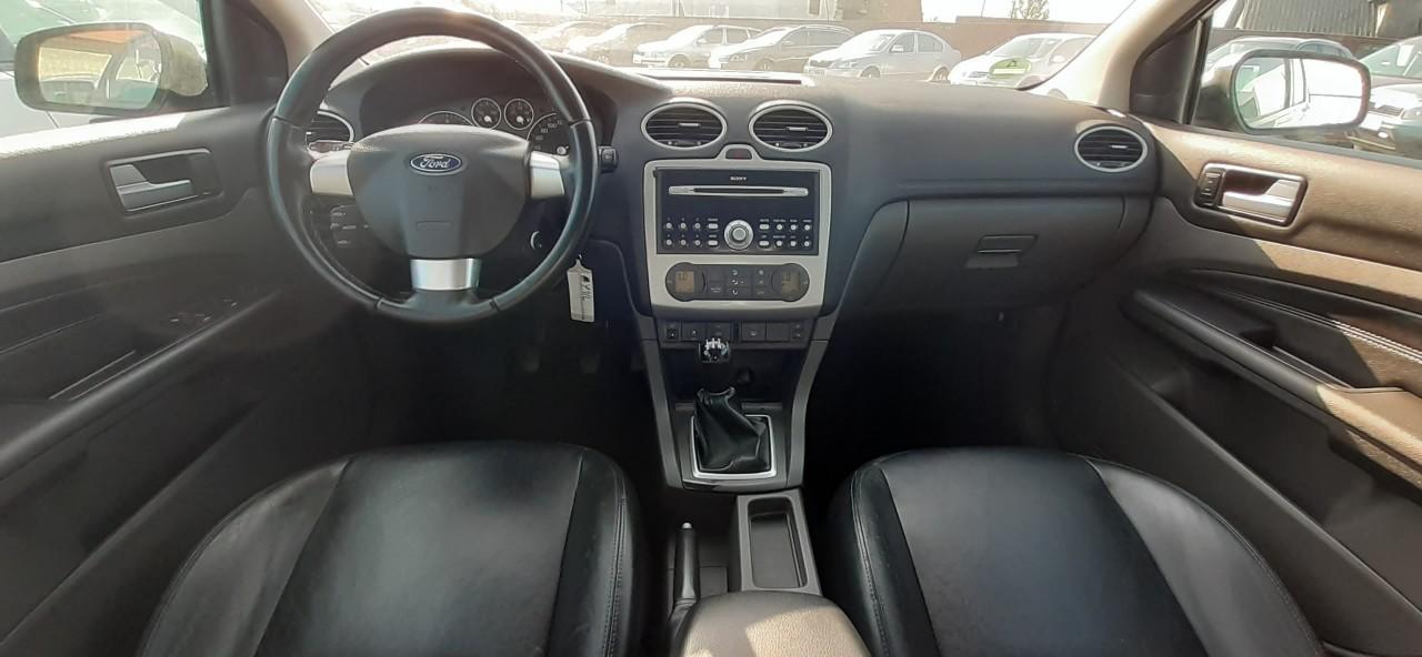 Ford Focus 2.0 i 2006