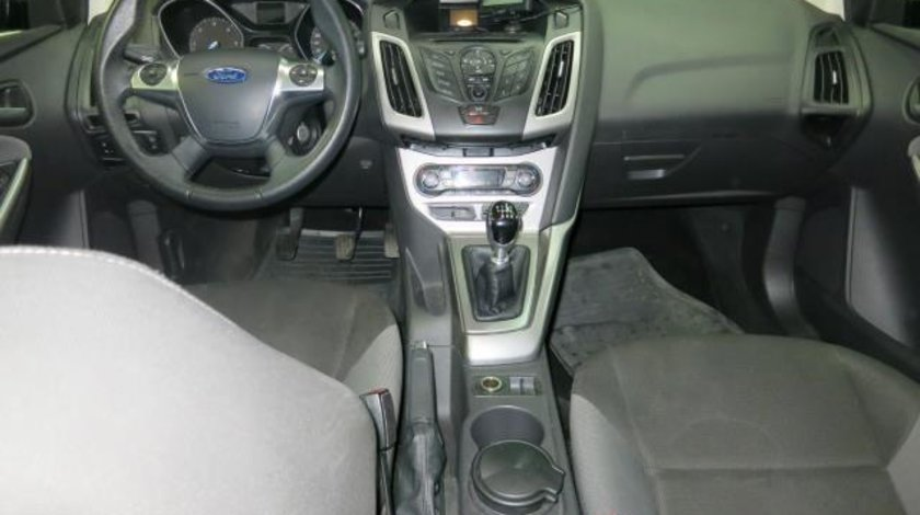 Ford Focus Sedan 1.6 TDCi 95 CP Trend 2012