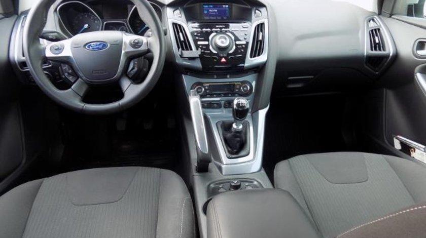 Ford Focus Sedan Titanium 1.6 Ecoboost 150 CP M6 Start&Stop Keyless Go 2011