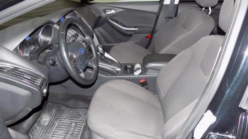 Ford Focus Turnier 2.0 TDCi Titanium 140 CP automatic 6+1 2012