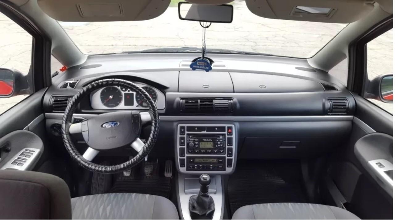 Ford Galaxy 1900 2001