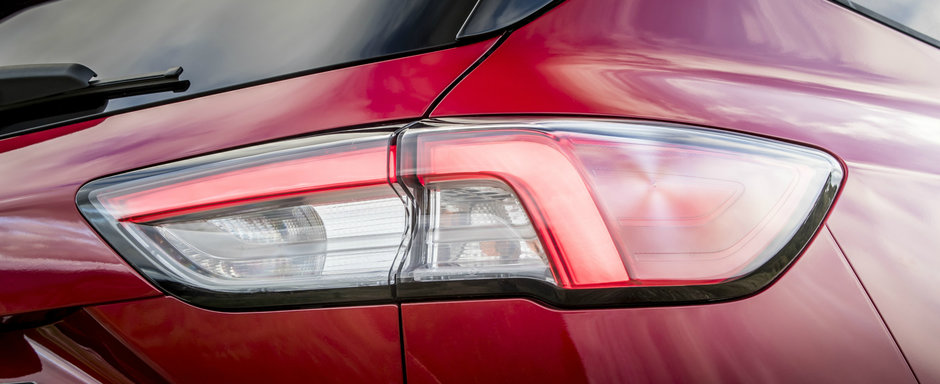 Ford lanseaza SUV-ul cu 190 de cai putere si autonomie de 1000 km cu un singur plin