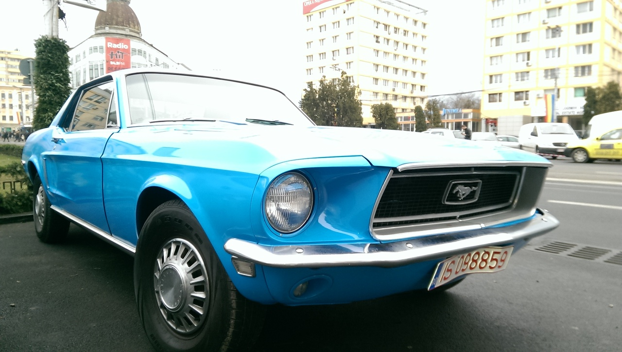 Ford Mustang cp 2000