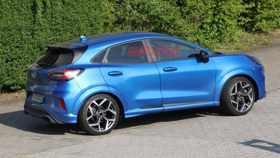 Ford Puma ST complet necamuflat