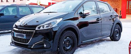 Francezii grabesc ritmul. Viitorul Peugeot 208 scos pentru prima data in teste