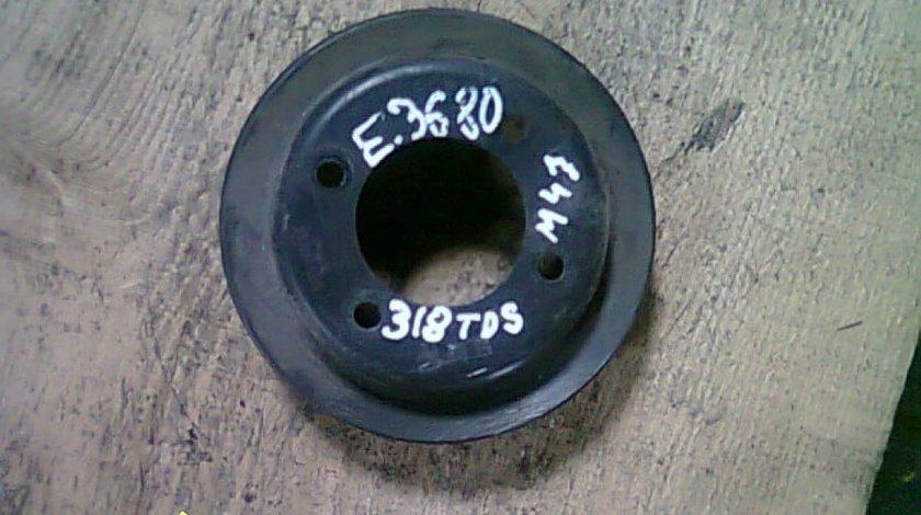 Fulie pompa apa BMW 318tds E36