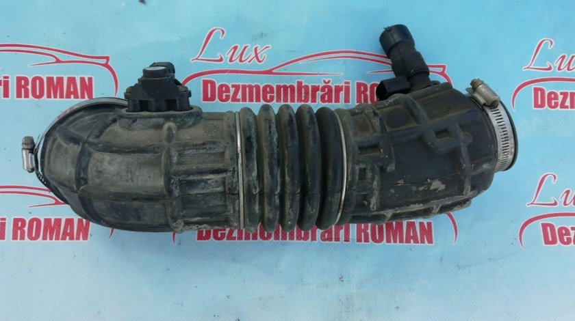 Furtun filtru turbo admisie Jeep Compass 1 facelift motor 2.2crd cdi 100kw 136cp om651 2011