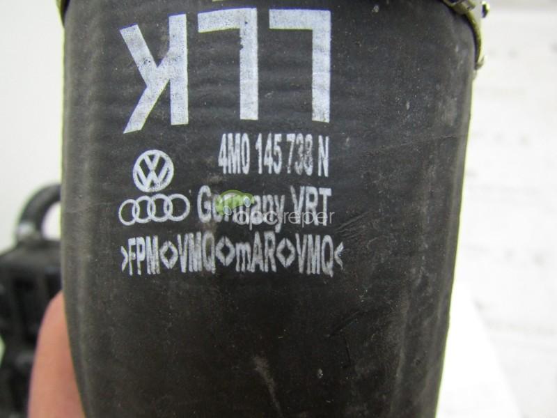 Furtun intercooler dreapta Audi Q7 4M , Q8 4M, VW Touareg CR - 3.0 TDI - Cod: 4M0145738N