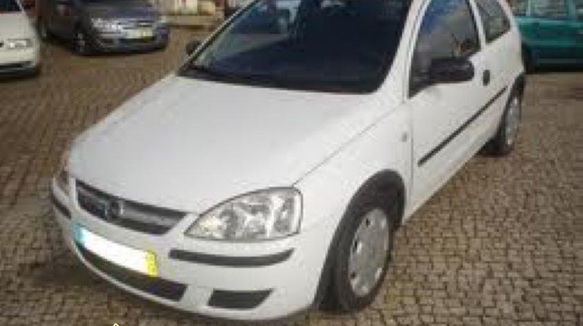 Furtun intercooler Opel Corsa C 1 7 DI an 2001 1686 cmc 45 kw 68 cp tip motor Y17DTL motor diesel dezmembrari Opel Corsa C