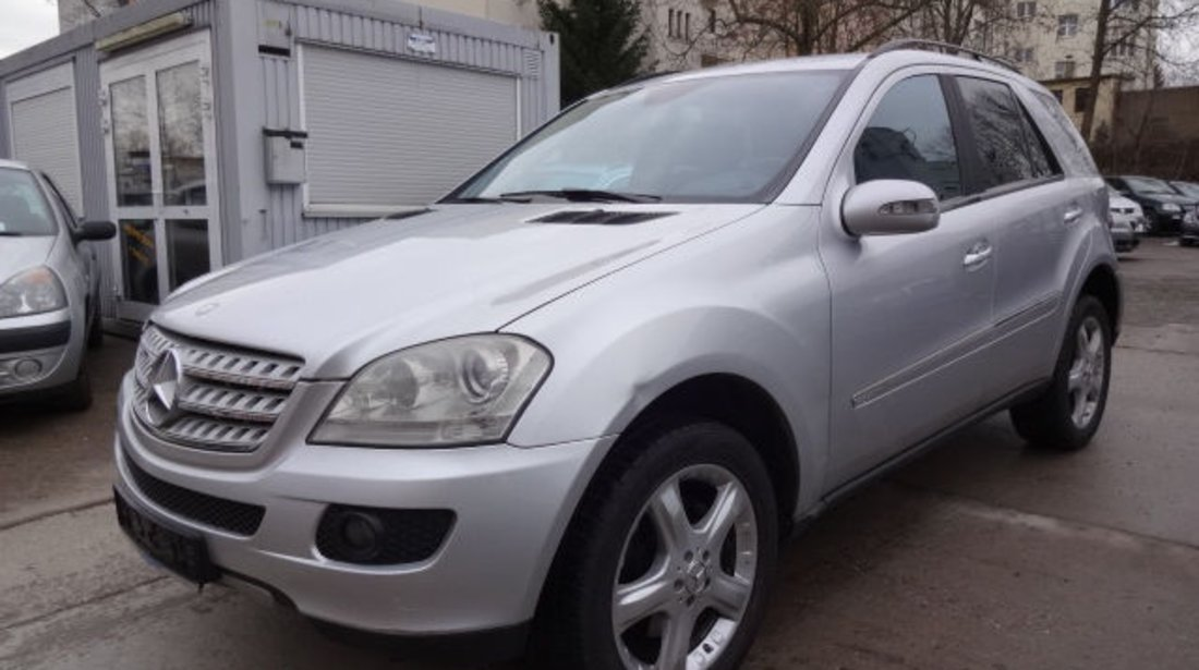 Furtune apa Mercedes ML 320 CDI w164 dupa 2005