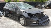Fuzeta dreapta fata Opel Astra J 2014 Hatchback 1....