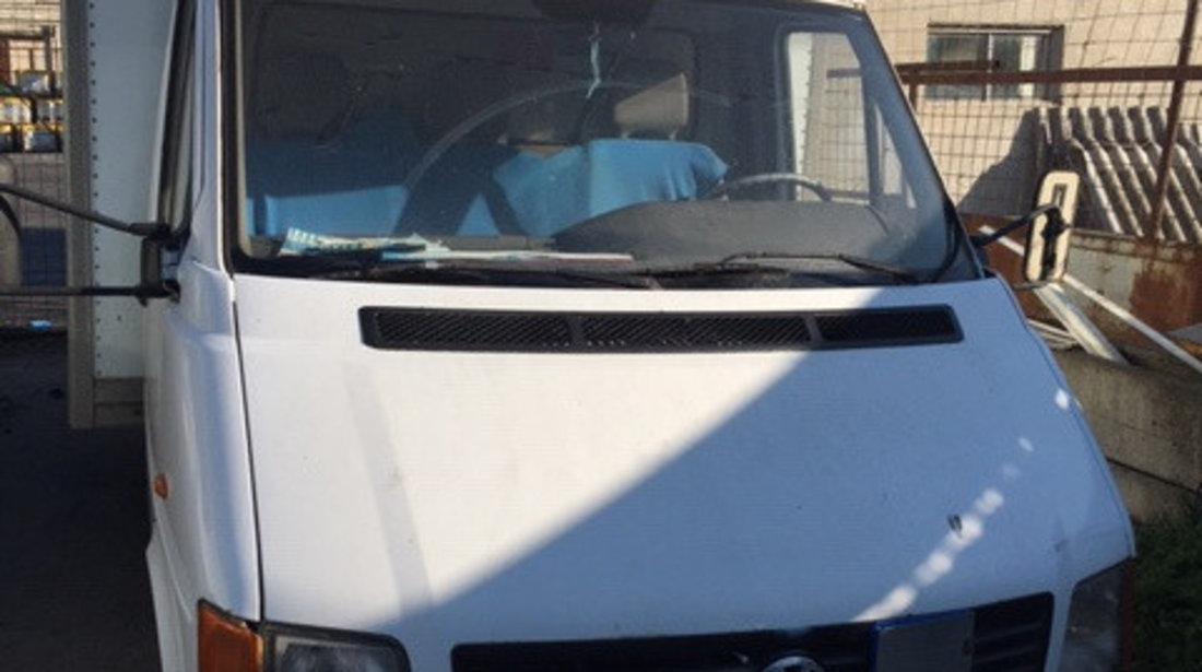 Fuzeta dreapta fata Volkswagen LT 2004 CUB 2.5 TDI