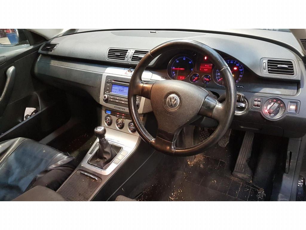 Fuzeta dreapta fata Volkswagen Passat B6 2006 break 2.0