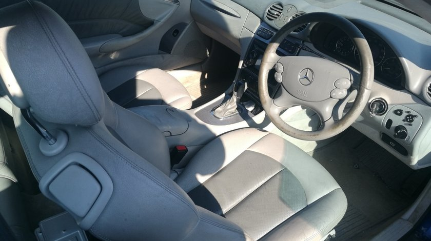 Fuzeta dreapta spate Mercedes CLK C209 2007 Clk270 cdi Coupe w209 Clk 270 cdi
