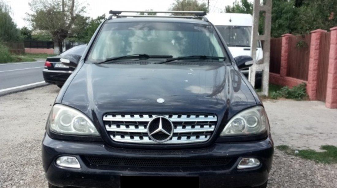 Fuzeta dreapta spate Mercedes M-CLASS W163 2004 SUV 2.7 CDI