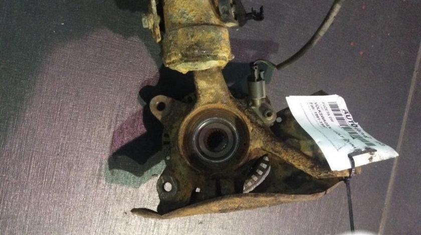 Fuzeta Dreapta Volkswagen GOLF III 1H1 fabricatie 1991-1997