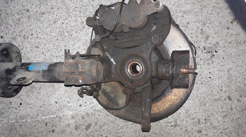Fuzeta Fata Stanga Peugeot 607 2.2HDI