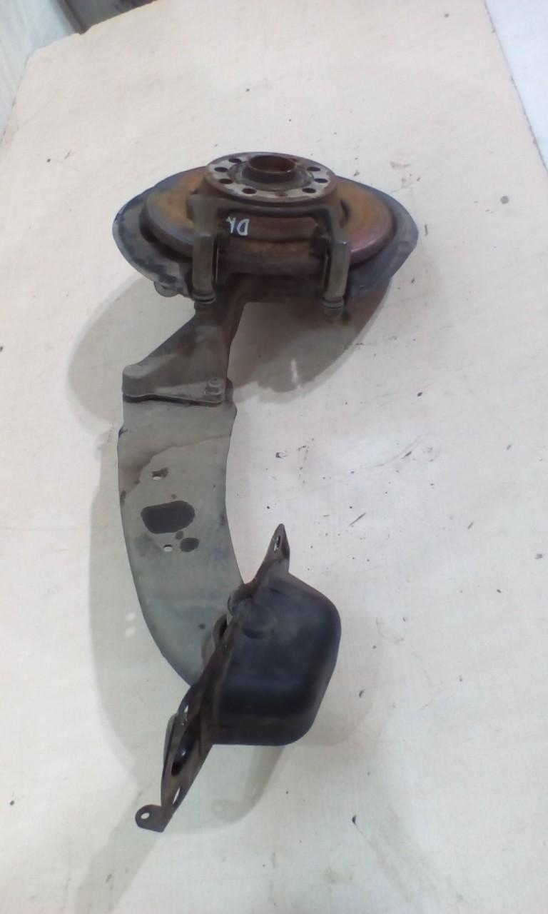 Fuzeta punte spate + brat punte spre fata dreapta spate VW Tiguan 2.0TDI 4x4 An 2008-2014 cod 3C0505436G
