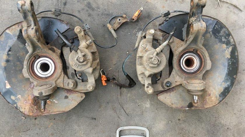 Fuzeta Stanga/Dreapta fata Honda CR-V II 2001-2006 2.2 Diesel
