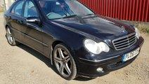 Fuzeta stanga fata Mercedes C-Class W203 2006 om64...