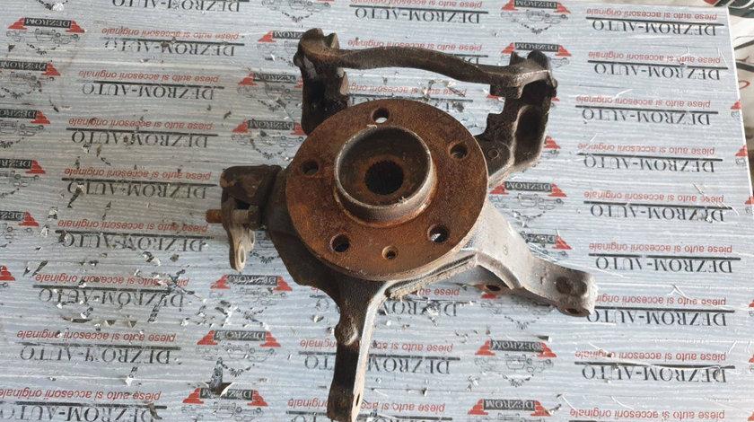 Fuzeta stanga fata RENAULT Espace IV 3.5 V6 241 CP