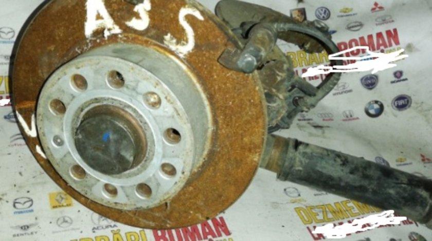 Fuzeta stanga spate audi a3 8P motor 2.0tdi bkd VW golf 5 jetta touran