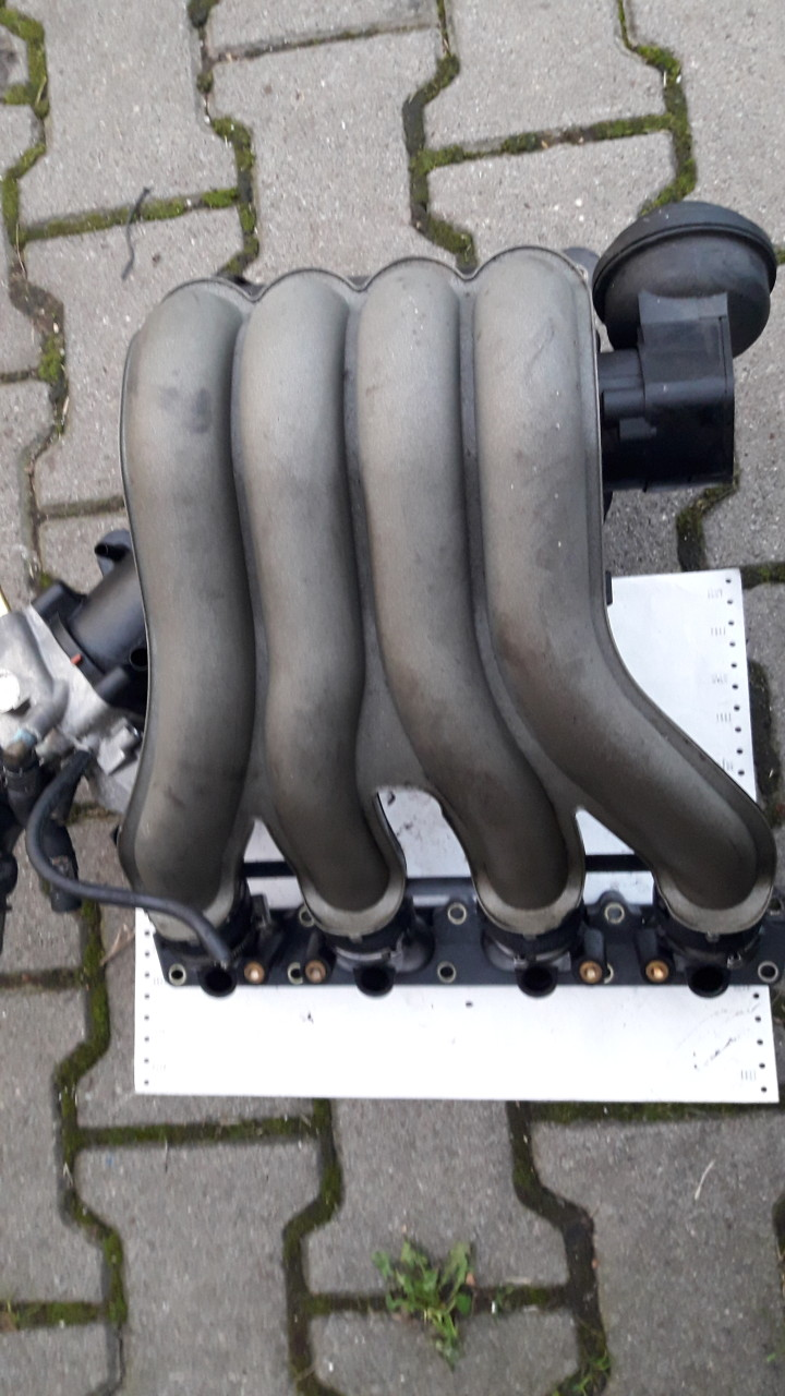 Galerie admisie originala AUDI/VW, Audi A4 B6, 2001, 2.0 benzina, cod motor ALT, 131CP, 06B133210 AT