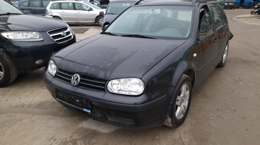 Galerie evacuare Volkswagen Golf 4 2002 Hatchback 1.6 benzina