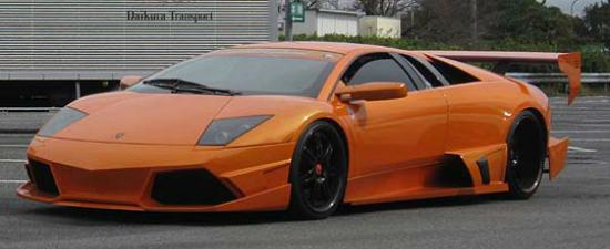 Galerie Foto: Cele mai ciudate Lamborghini-uri si-au dat intalnire intr-o parcare din Japonia