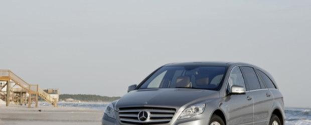 Galerie Foto: Mercedes R-Class isi arata noua fata