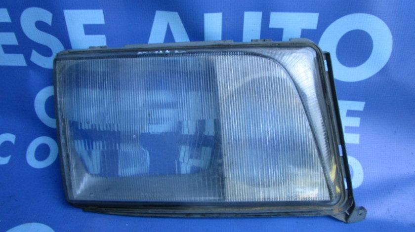 Geam far Mercedes E200 W124 ; 3090H01