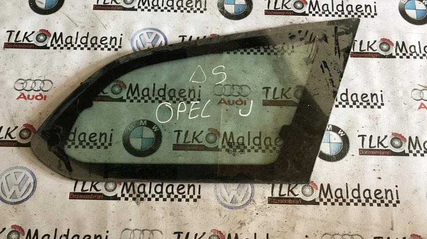 Geam fix caroserie dreapta spate Opel Astra J break