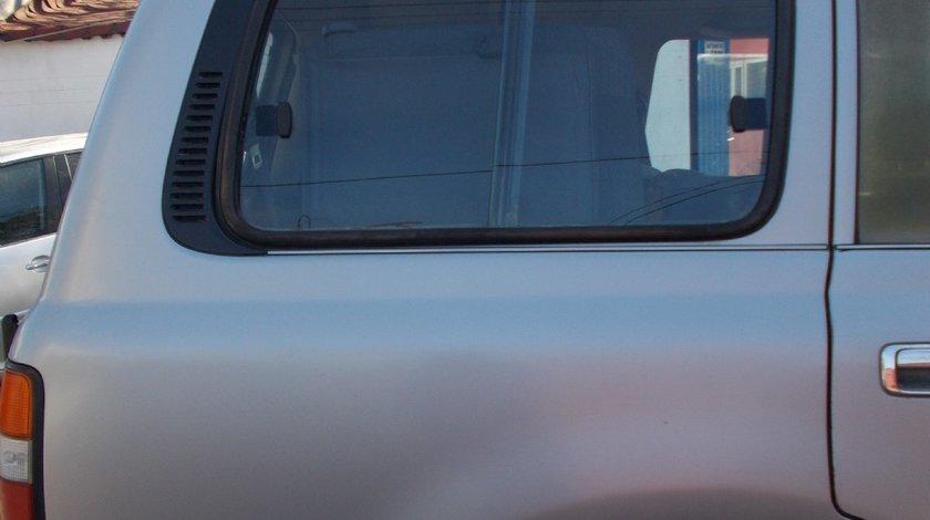 Geam fix in aripa spate dreapta Toyota Land Cruiser J80