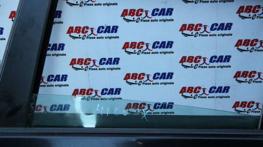 Geam mobil usa stanga spate VW Golf 5 Hatchback model 2007