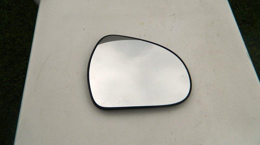 Geam oglinda incalzita dreapta Peugeot 207 cod 232634034