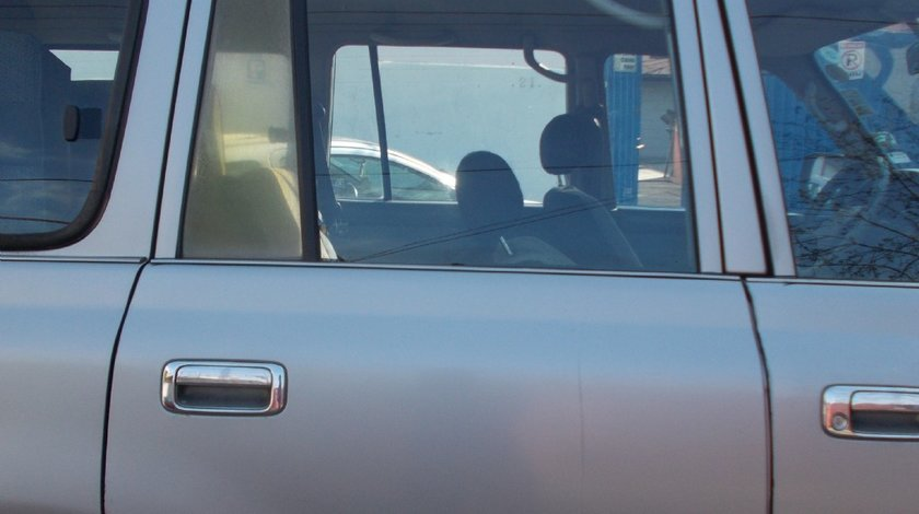 Geam usa dreapta spate Toyota Land Cruiser J80