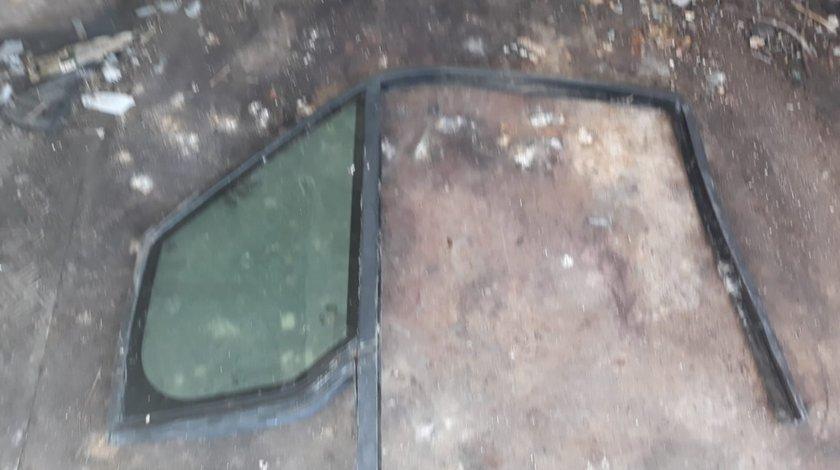 Geam usa fata fix Ford Connect 2004