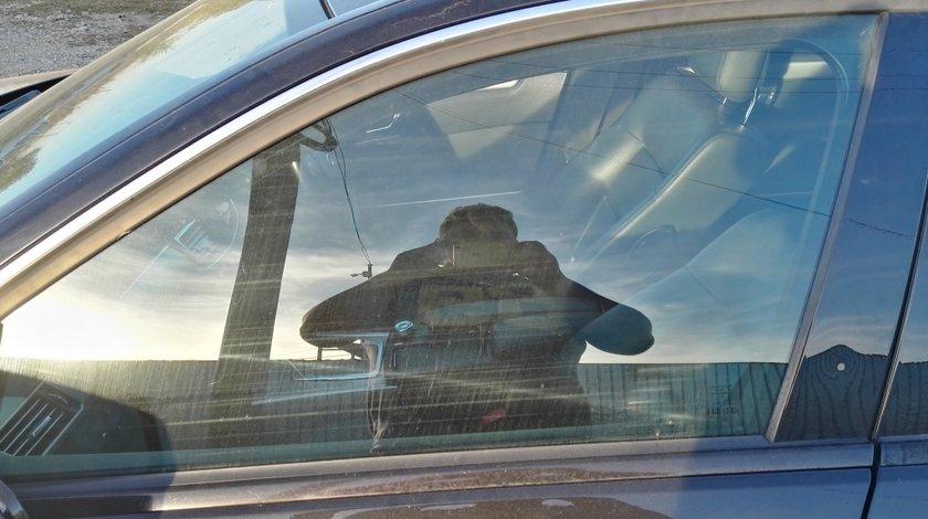 Geam usa stanga fata Mercedes E220 cdi w212