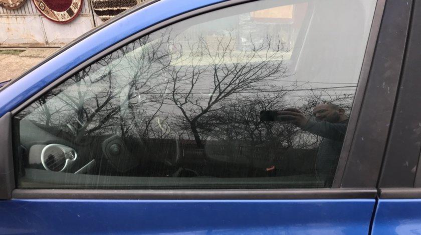 Geam usa stanga fata Renault Clio 3 break 2008
