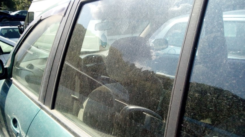 Geam usa stanga spate Hyundai Santa Fe 2004