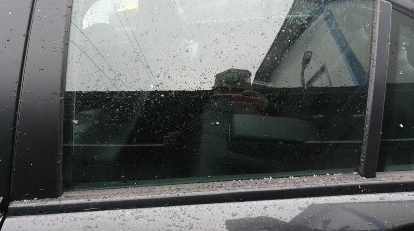 Geam usa stanga spate Mercedes C class w204