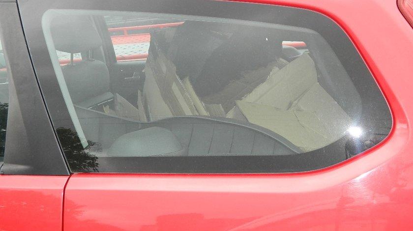 Geamuri caroserie Ford Focus 1.6Tdci model 2005