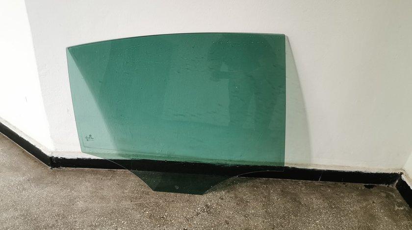 Geamuri Portiera Passat B6 VW Spate OEM Stanga Dreapta Portiere Inchise Privacy Glass